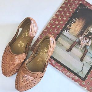 Vintage Leather Huaraches Sandals